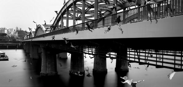 Memento_Bridge_165x78_Digital C-print_2008